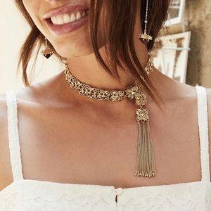 Kendra Scott Heidi necklace in gold